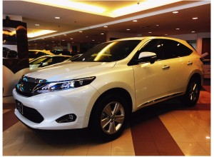 Toyota Harrier 2.0 Premium Panroof